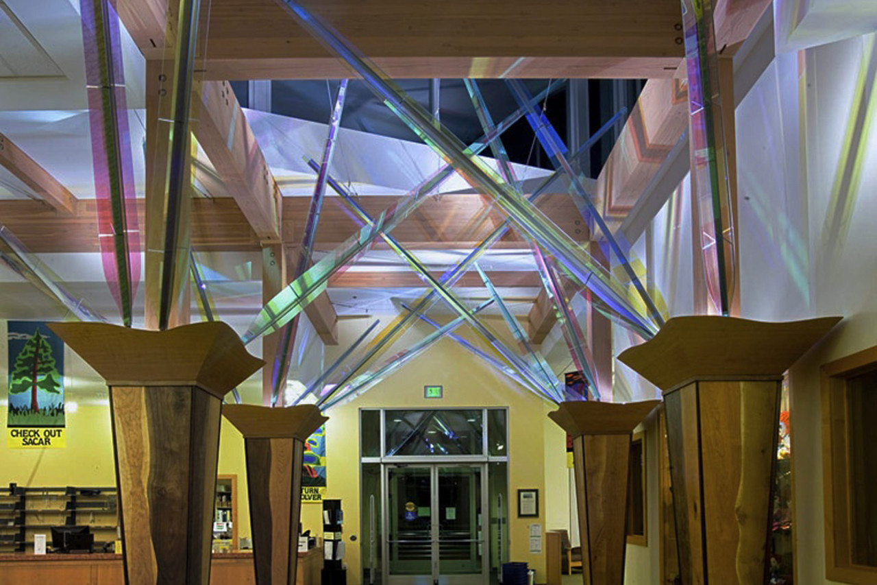 Overall view of Ed Carpenter's interior library sculpture in Forest Grove, Oregon, dichroic glass, stainless steel and cables. / image 6